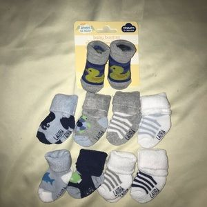 3/$18 8 pack socks and booties